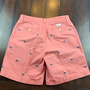 Vineyard Vines Whale embroidered Club Short  33